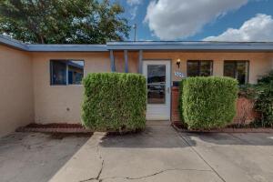 309 MOON Street NE, Albuquerque, NM 87123