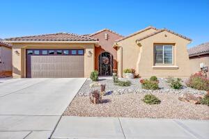 9013 Vista Bosquejo NW, Albuquerque, NM 87120