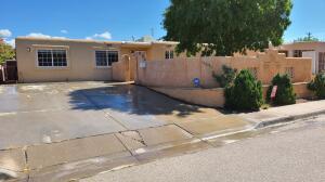 3404 VALENCIA Drive NE, Albuquerque, NM 87110