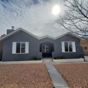 4516 JUPITER Street NW, Albuquerque, NM 87107