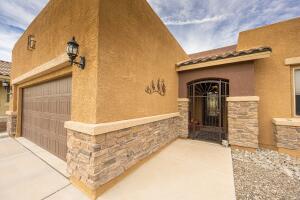 9231 FALLS CREEK Trail NW, Albuquerque, NM 87120