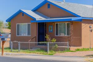 546 LOS LENTES Road SE, Los Lunas, NM 87031