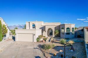 10216 SILVER GRADE Court NW, Albuquerque, NM 87114