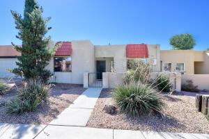 8706 CHAMBERS Place NE, Albuquerque, NM 87111
