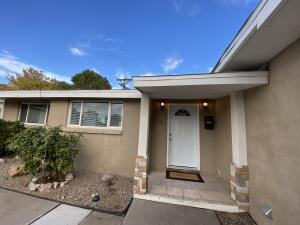 1808 BLUME Street NE, Albuquerque, NM 87112