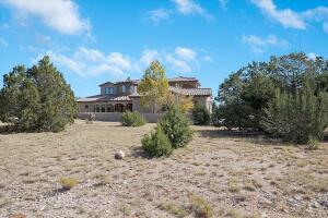 26 Pinon Ridge Road, Tijeras, NM 87059
