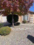 600 LONE RIVER Trail SW, Albuquerque, NM 87121