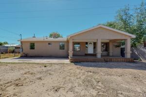 1854 DOTY Street SW, Albuquerque, NM 87105