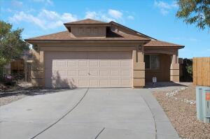 5951 CYGNUS Avenue NW, Albuquerque, NM 87114