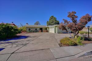 1819 WASHINGTON Street NE, Albuquerque, NM 87110