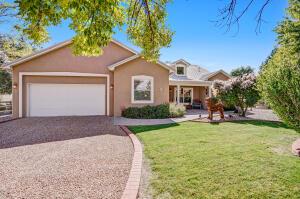 2704 Bosque Del Rio Lane NW, Albuquerque, NM 87120