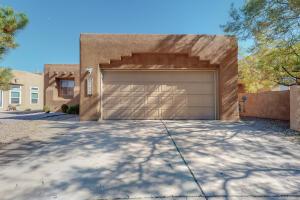6732 CALLE SANTIAGO NE, Albuquerque, NM 87113