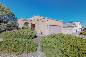 5021 CHAPLIN Street NW, Albuquerque, NM 87120