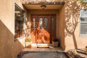 9107 La Costa Drive NE, Albuquerque, NM 87111