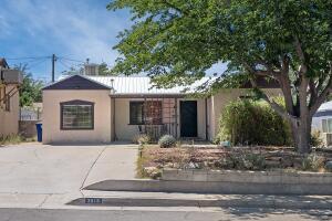 2916 SANTA CRUZ Avenue SE, Albuquerque, NM 87106