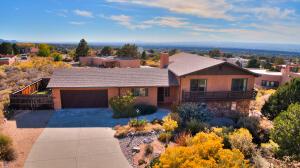 21 CEDAR HILL Road NE, Albuquerque, NM 87122