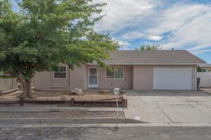 1448 LOMA HERMOSA Court NW, Albuquerque, NM 87105