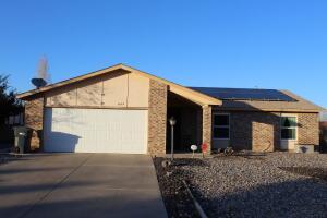 6175 ROADRUNNER Loop NE, Rio Rancho, NM 87144
