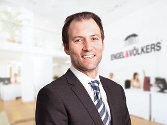 Erik Berg agent image