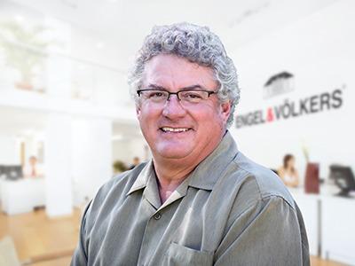 Michael Elkins agent image