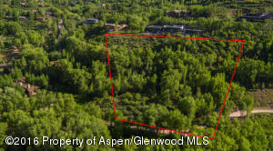 Approximate lot line of 5.28 acres