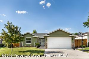 324 W Richards Avenue, Silt, CO 81652