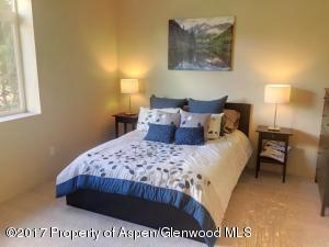 2550 CO-82, D204, Glenwood Springs, CO 81601