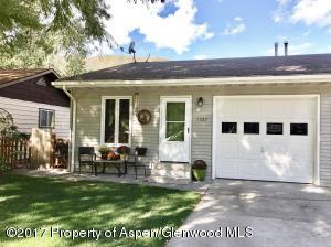 1527 Bennett Avenue, Glenwood Springs, CO 81601