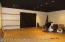 Office 2/Showroom