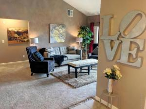 794 Castle Valley Boulevard, J, New Castle, CO 81647