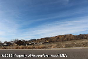 913 218 County Road, Silt, CO 81652