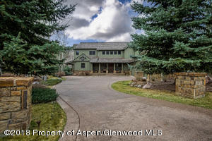 Handsome home in Aspen Glen