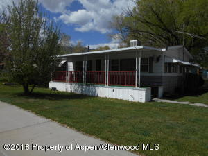 220 N Russey Avenue, Parachute, CO 81635