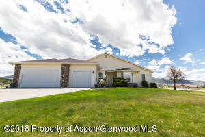 42 Eagle Rock Place, Parachute, CO 81635