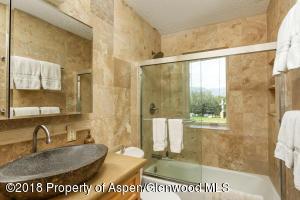 Upper level bath