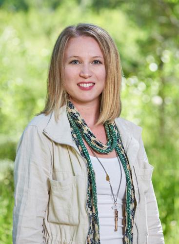 Sara Kurz agent image