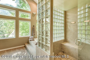 Adjoining luxury master bath