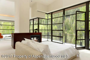 3224 Castle Creek Rd Aspen CO-small-031-