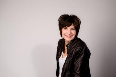 Joan 'Joni' Keefe agent image