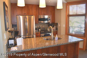 Gourmet Fully stocked kitchen with Granite counters