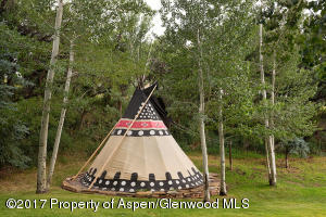 furnished teepee