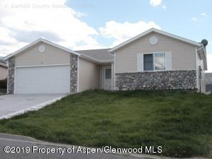 22 Willow View Way, Parachute, CO 81635