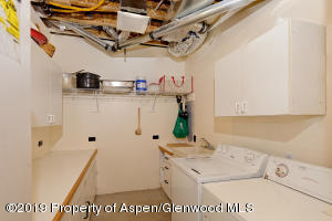 Lower Laundry Room