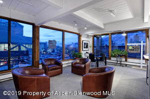 Aspen Core Realty Office_HighRes 01