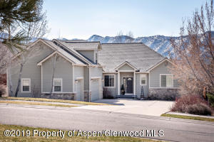 31 S Painted Horse Circle, New Castle, CO 81647