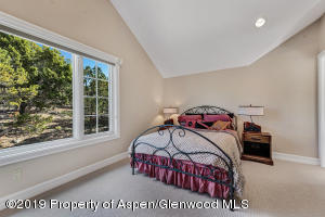 02_217_monarch_glenwood002_mls
