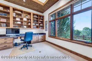 12_217_monarch_glenwood012_mls