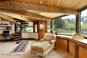Master Bedroom with Views of Aspen Mtn