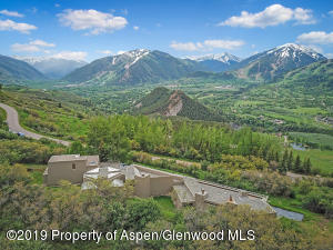 Starwood views of entire upper Aspen valley.