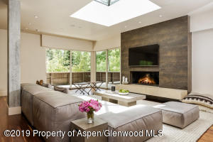 400 W Hopkins Avenue, Penthouse, Aspen, CO 81611